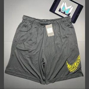 Nike Dri-Fit Training Shorts Size XL Men's Black